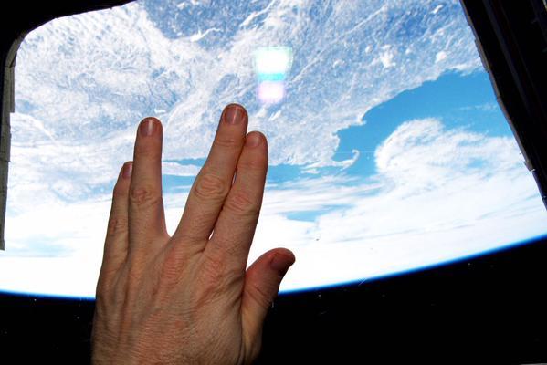 l'ultimo saluto dalla Stazione spaziale